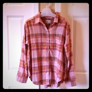 American Eagle Outfitters Tops - American Eagle distressed flannel